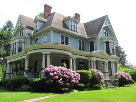 Gorgeous historic Victorian home in Oil City Pa