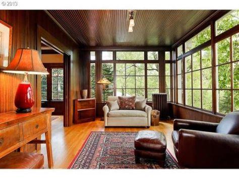 Portland, Oregon 1915 craftsman home interior